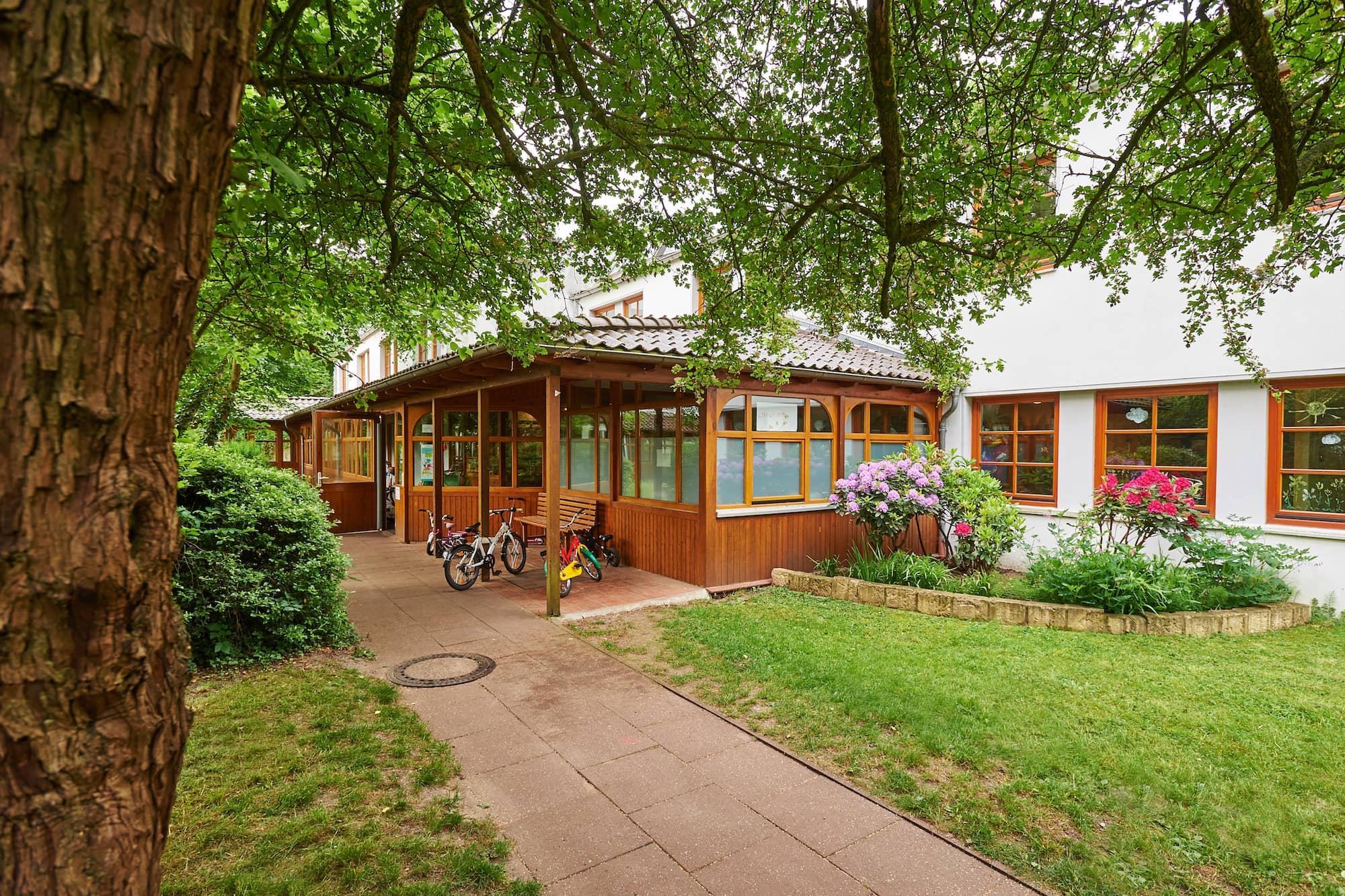 Deutsches-rotes-Kreuz-Bremen_kita-kleine-marsch Kinderhaus Baumhöhle